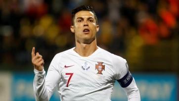 Роналду в Вильнюсе «порвал» Литву, Сербия переиграла Люксембург