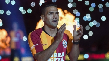 Дебютный гол Фалькао за «Галатасарай». Видео