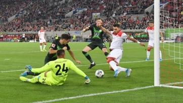 В Германии даже VAR не помощник. В Бундеслиге после просмотра был засчитан неправильный гол. Фото