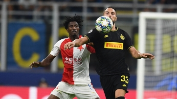 «Интер» Конте чудом не проиграл в Лиге чемпионов дома «Славии»
