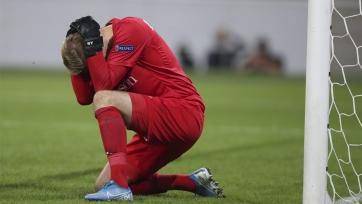 Ошибка недели. Вратарь «Гента» забил мяч в свои ворота. Видео
