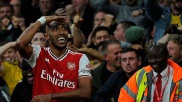 «Арсенал» в меньшинстве добыл волевую победу над «Астон Виллой»