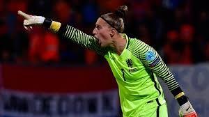 Сари Ван Венендал – лучший женский голкипер по версии FIFA