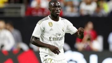 «Реал» лишился защитника перед дерби с «Атлетиком»
