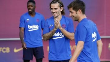 «Барселона» получила беспрецедентный штраф за раннее начало переговоров с Гризманном