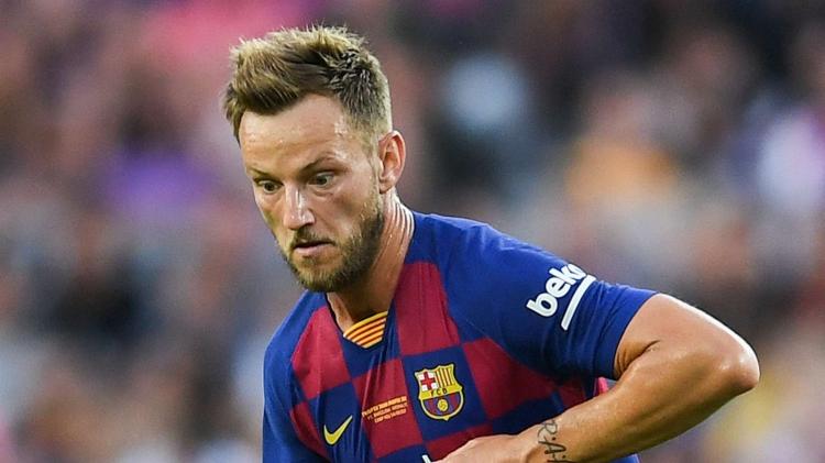 Барселона решила продать Ракитича