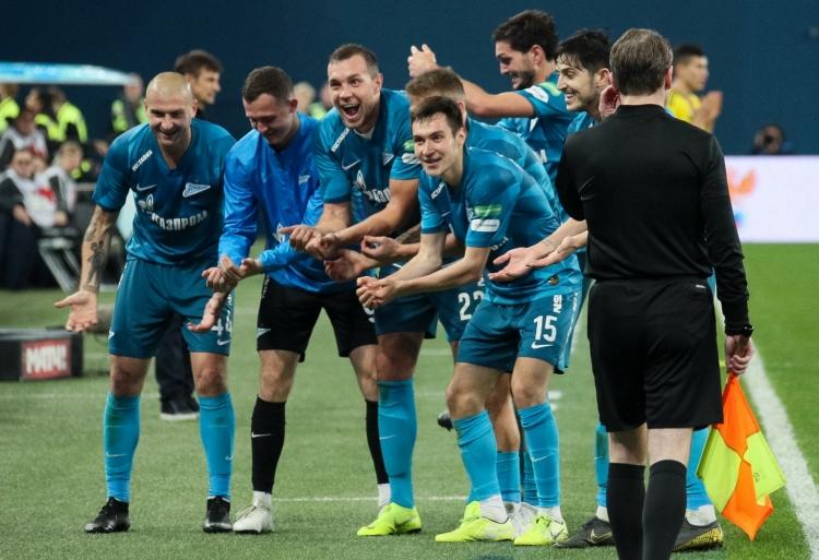 «Локо» и «Зенит» в зените, ЦСКА в шоке и, конечно, драка