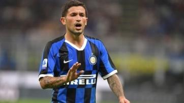 Полузащитник «Интера» получил травму и не поможет сборной Италии