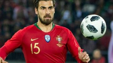 Полузащитник «Эвертона» заменит травмированного Карвалью в сборной Португалии