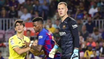 «Барселона» предложит новые контракты тер Стегену и Семеду