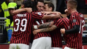 «Милан» на компенсированных минутах упустил победу в матче с «Лечче»