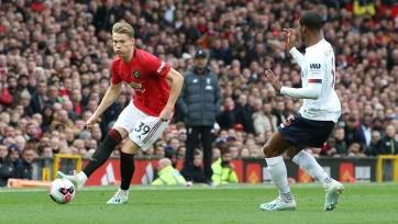Экс-капитан «Манчестер Юнайтед» Рой Кин обрушился с критикой на отдельных игроков нынешнего состава команды