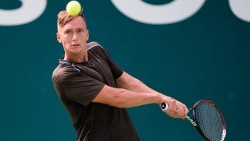 Евсеев победно стартовал на теннисном челленджере в Китае
