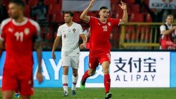 УЕФА наказал сборную Сербии пустыми трибунами