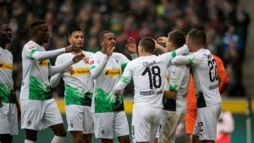 Гладбахская «Боруссия» обыграла «Айнтрахт» и вернулась на первое место