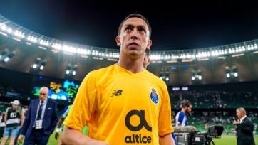 Четыре игрока «Порту» нарушили режим и рискуют пропустить дерби с «Боавиштой»