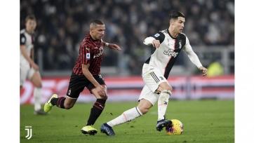 Роналду после замены в матче с «Миланом» сразу же покинул стадион