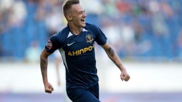Полузащитники «Мариуполя» и «Колоса» не сыграют за молодежную сборную, Ротань довызвал хавбека «Днепра-1»