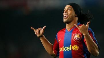 Роналдиньо возвращается в «Барселону»