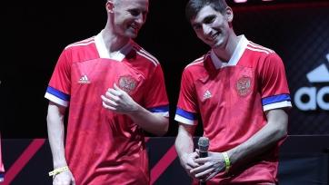 Adidas прокомментировал отказ сборной России играть в новой форме
