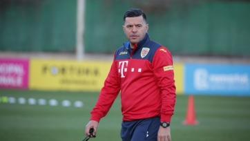 Сборная Румынии осталась без главного тренера