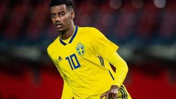 УЕФА разберется с проявлениями расизма в матче Румыния – Швеция