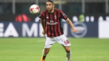 Защитник «Милана» начал искать себе новый клуб