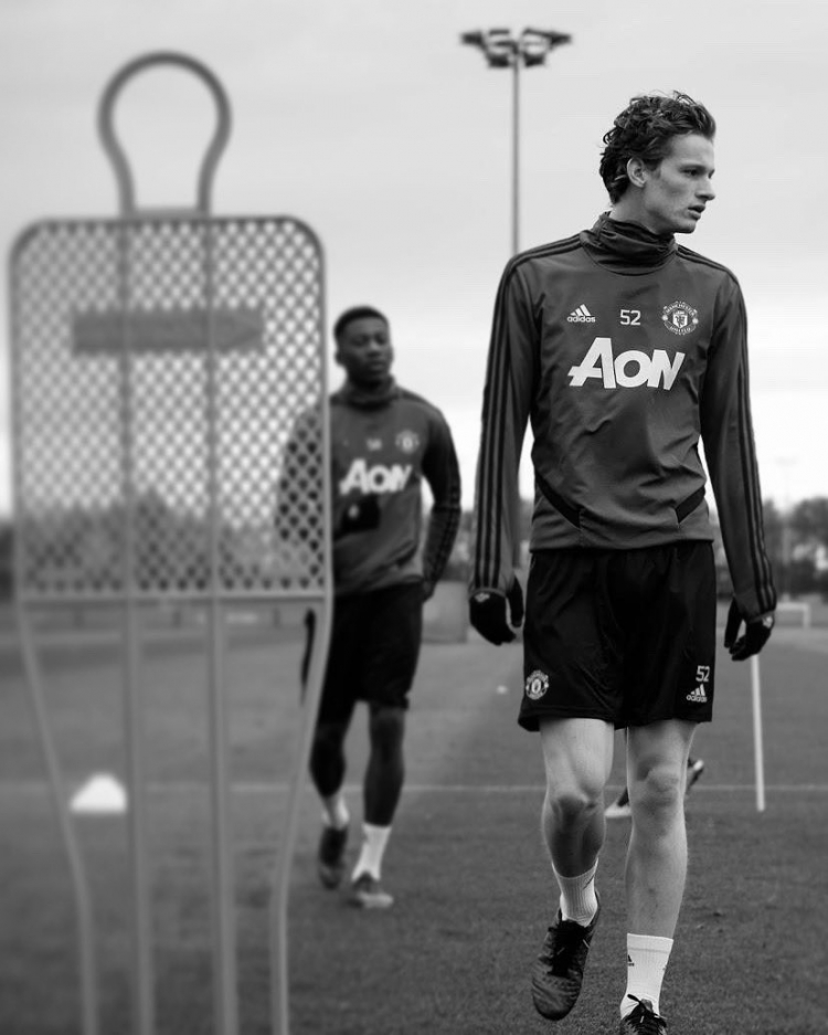 Макс Тэйлор: игрок Манчестер Юнайтед, который победил рак