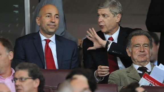Кронке, Венгер и растраченные миллионы. В чём реальная причина кризиса «Арсенала»