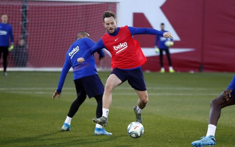 Почему «Барселона» готова отпустить Ракитича – самого недооцененного игрока команды