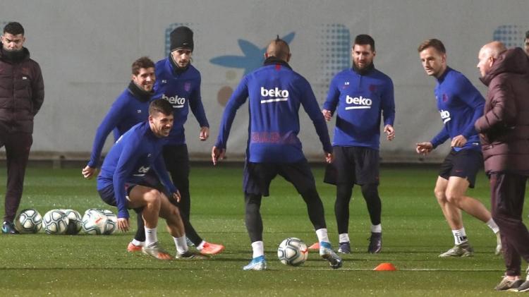 Барселона и реал мадрид полностью смотреть