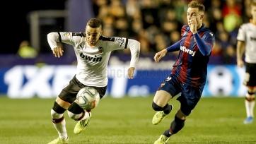 «Валенсия» отыгралась с «Леванте» с 0:2