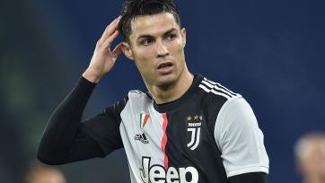 Роналду грустит по «Реалу», Месси продолжает штамповать рекорды, чемпионы Англии и Италии проигрывают