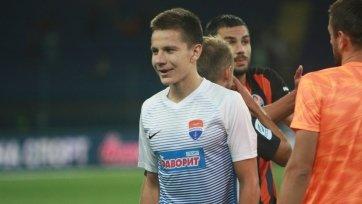 «Мариуполь» продлил контракт с основным защитником