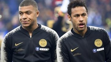 В «Барселоне» разногласия: клуб не может выбрать между Мбаппе и Неймаром