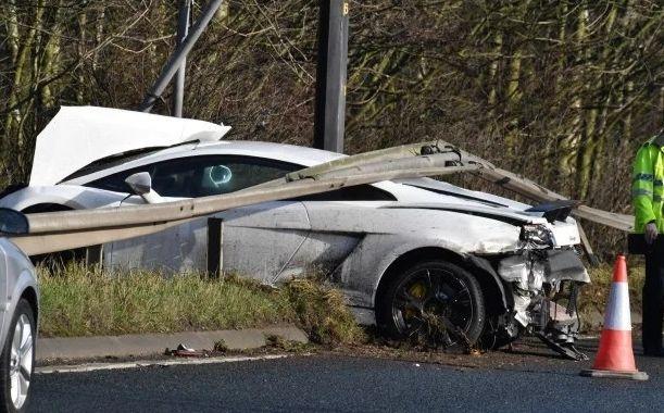 Вратарь «Манчестер Юнайтед» попал в ужасную аварию. Фото