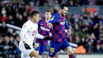 Месси забил, Сетьен дебютировал с победы: «Барселона» обыграла «Гранаду»