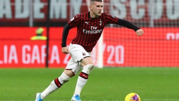 «Милан» передумал отпускать Ребича в «Айнтрахт»