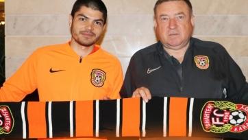 Экс-хавбек «Кубани», «Анжи» и «Енисея» продолжит карьеру в Казахстане