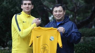 «Каспий» укрепил состав тремя новыми игроками