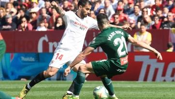 «Севилья» в большинстве спасла домашний матч против «Эспаньола»