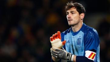 Касильяс объявил о завершении карьеры, Холанд забил дубль в дебютном еврокубком матче за «Боруссию» Д, «Барселоне» все еще нужен Мартинес