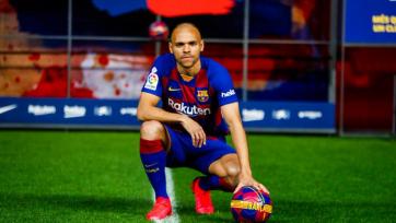«Барселона» подписала нового форварда, Месси ждет возвращение Неймара, «МЮ» и «Тоттенхэму» нужен Бэйл