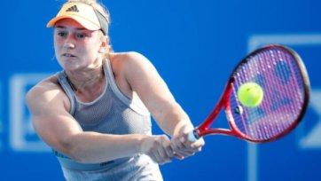 Рыбакина первой выиграла 21 матч в 2020 году и снялась с турнира в Дохе