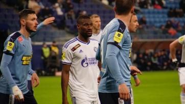 «Крылья Советов» вдесятером не удержали победу над «Оренбург» с дебютантом Куатом