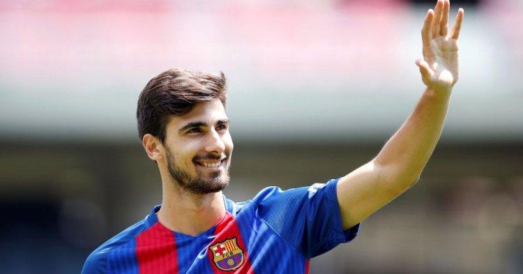 11 самых неудачных трансферов «Барселоны» в XXI веке. Фото