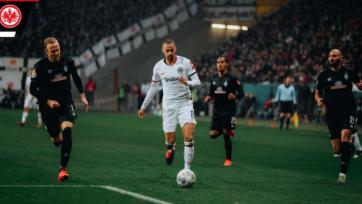 «Айнтрахт» без проблем прошел в полуфинал Кубка Германии, обыграв «Вердер»