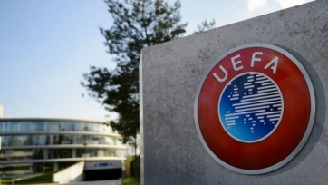 УЕФА не будет рекомендовать национальным лигам отменять чемпионаты
