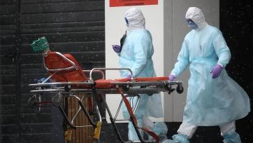 За сутки в России выявлена почти тысяча новых случаев заражения коронавирусом