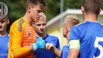 «Манчестер Юнайтед» подписал голкипера-тинейджера из Чехии